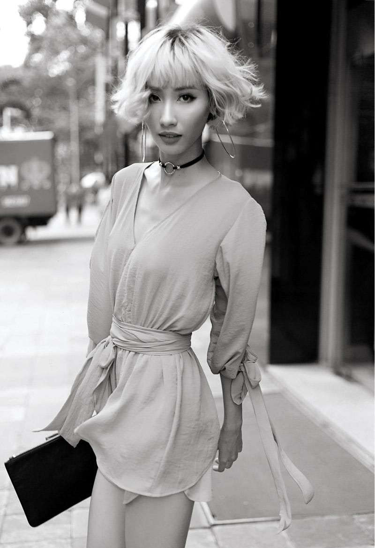 20170905 model Hang Nguyen