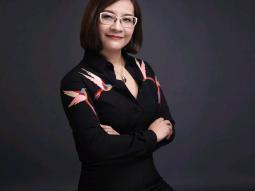 nữ doanh nhân Hoàng Mỹ Liên
