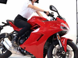 ducati supersport hinh anh