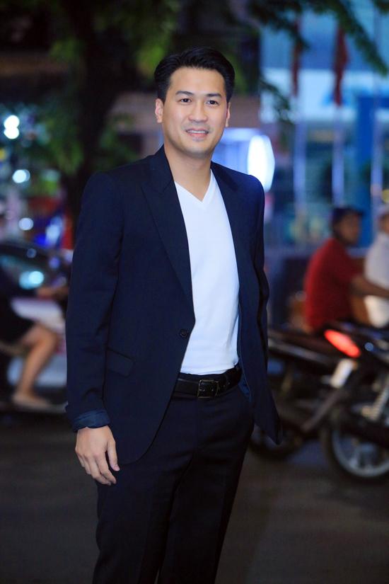20171030 quý ông showbiz Việt chúc mừng doanh nhân Thuỷ Tiên 04