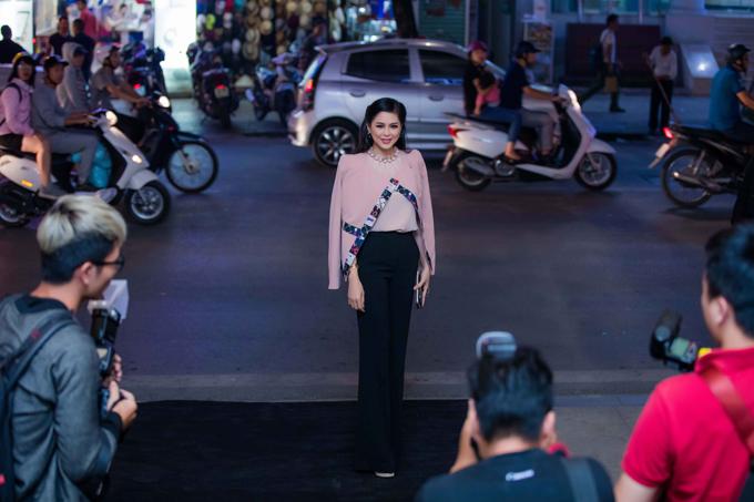20171030 quý ông showbiz Việt chúc mừng doanh nhân Thuỷ Tiên 05