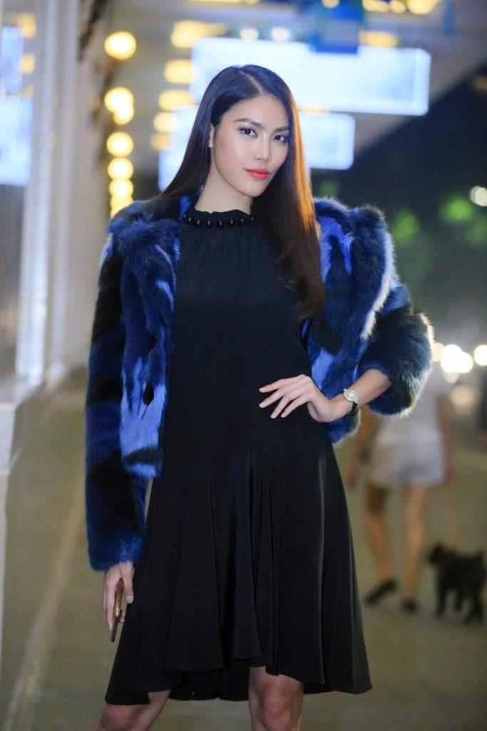 20171030 quý ông showbiz Việt chúc mừng doanh nhân Thuỷ Tiên 11