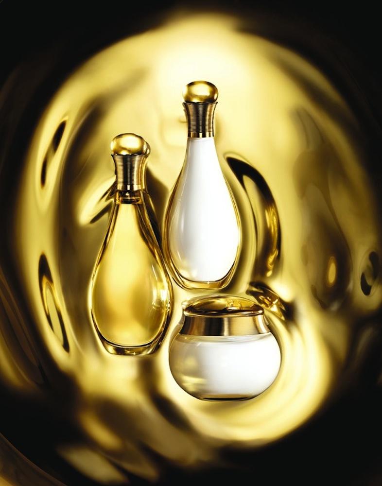 Dầu dưỡng thể J'adore Hule Divine của Dior