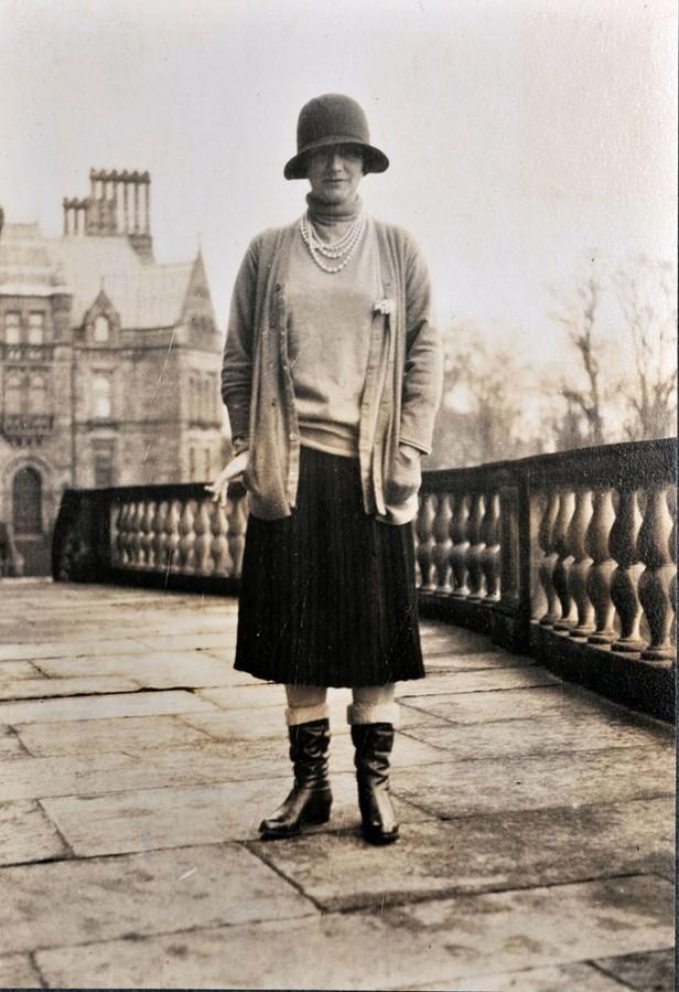 Gabrielle Chanel tại Eaton Hall