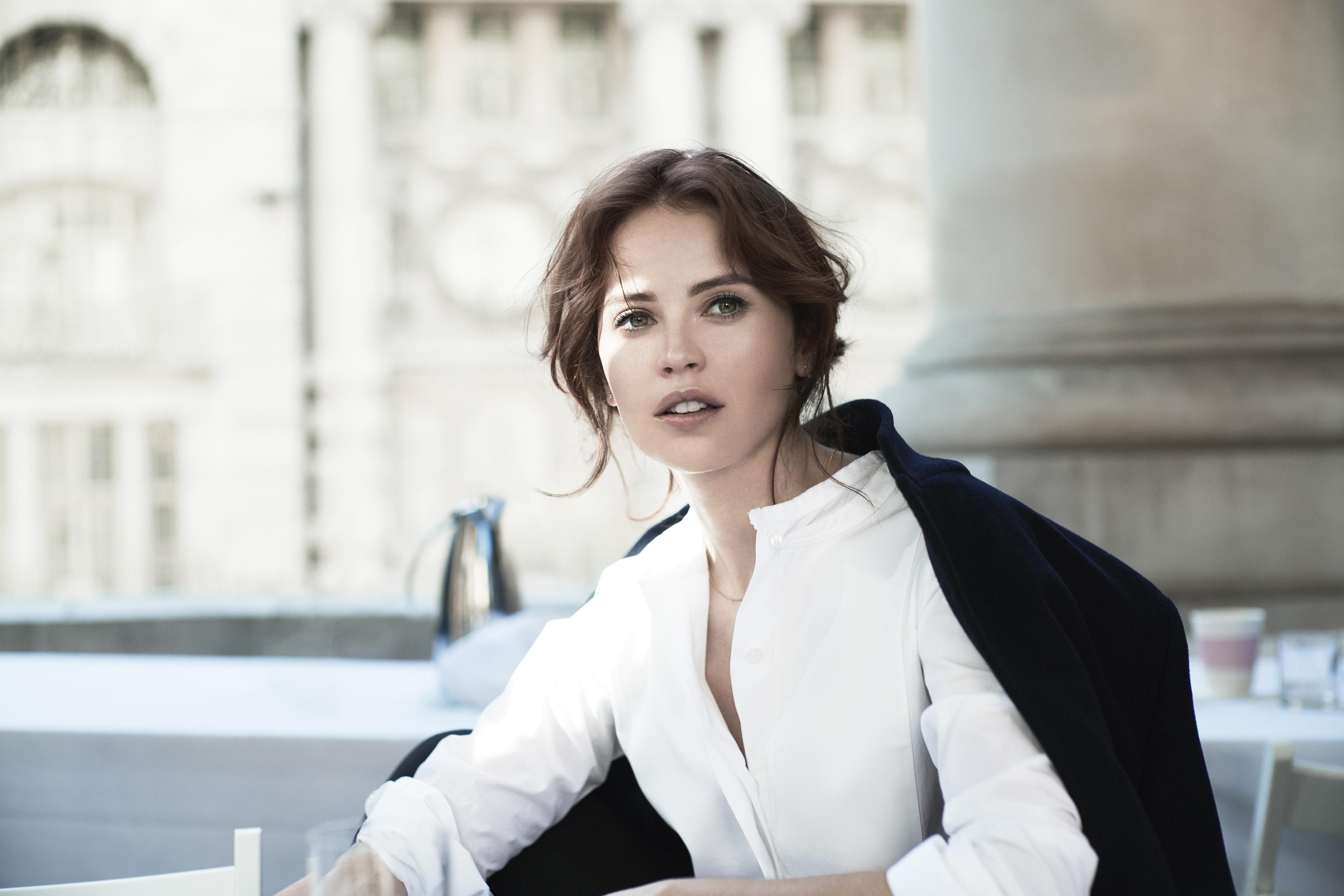 Hình ảnh trong chiến dịch quảng bá Xuân Hè 2018 của Clé de Peau Beauté