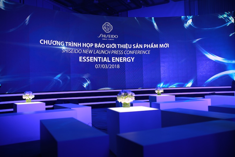 20180326-san-pham-duong-da-shiseido-essential-energy-1