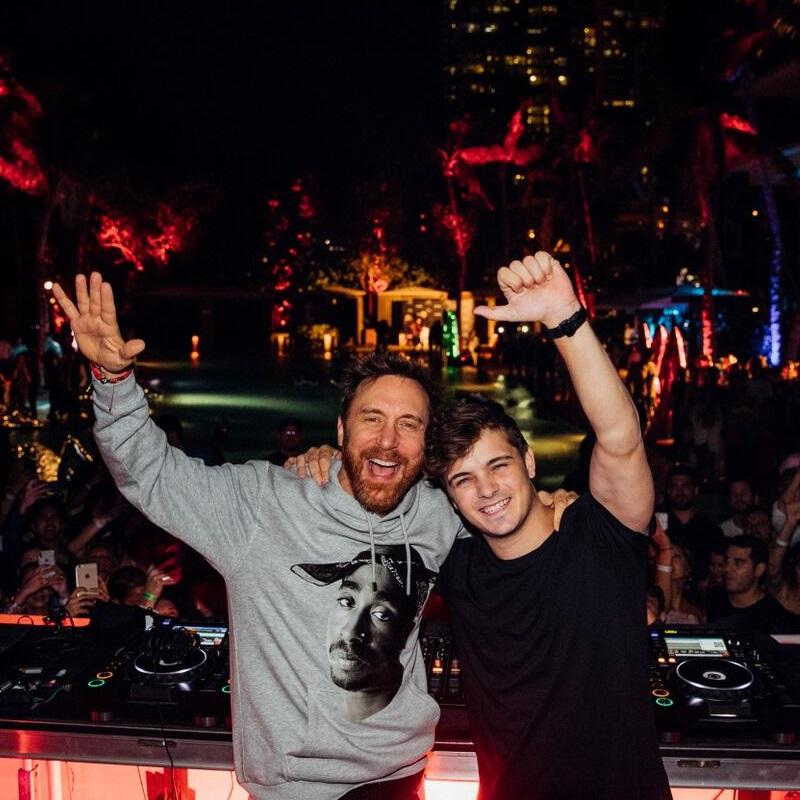 Martijn Gerard Garritsen (sinh ngày 14 tháng 5 năm 1996), được biết đến với nghệ danh là Martin Garrix (cách điệu Mar+in Garri×) là một DJ, nhạc sĩ, kiêm nhà sản xuất người Hà Lan. Anh đứng thứ nhất trong danh sách 100 DJ hàng đầu của DJ Mag năm 2016 và cũng là người trẻ tuổi nhất được trao danh hiệu này.[3] Năm 2016, anh sáng lập nhãn đĩa STMPD RCRDS sau khi rời Spinnin 'Records do tranh chấp bản quyền, trước khi ký kết với Sony Music. Năm 2017, anh được công nhận là DJ thường trú tại Hï Ibiza và 1 lần nữa đứng thứ nhất trên bảng xếp hạng DJ Mag. Năm 2018, anh được mời biểu diễn tại Olympic mùa đông ở Hàn Quốc.