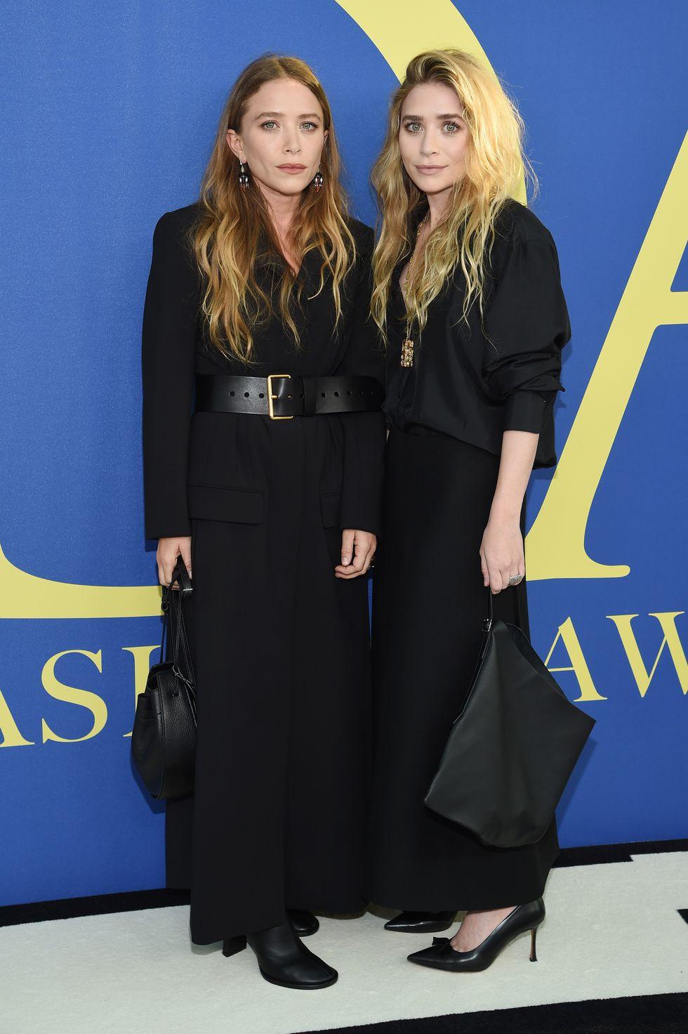 Chị em nhà Olsen trong trang phục The Row.