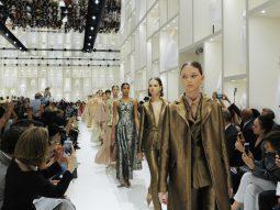 Dior Haute Couture Thu Đông 2018 mang thời trang vào bảo tàng