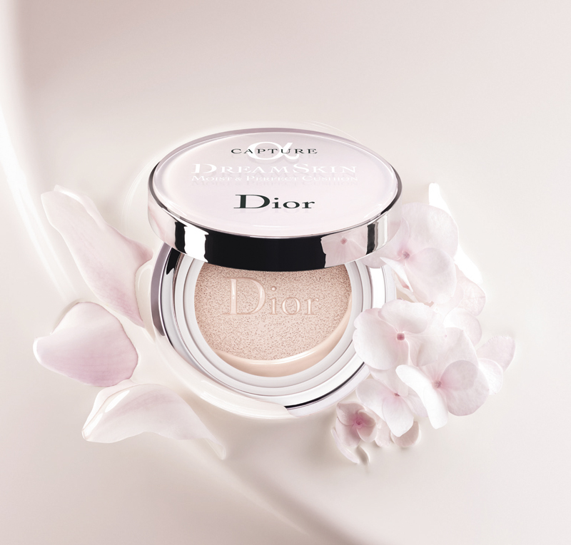 phan-nuoc-dior-dreamskin-moist-perfect-cushion-hinh-anh-4