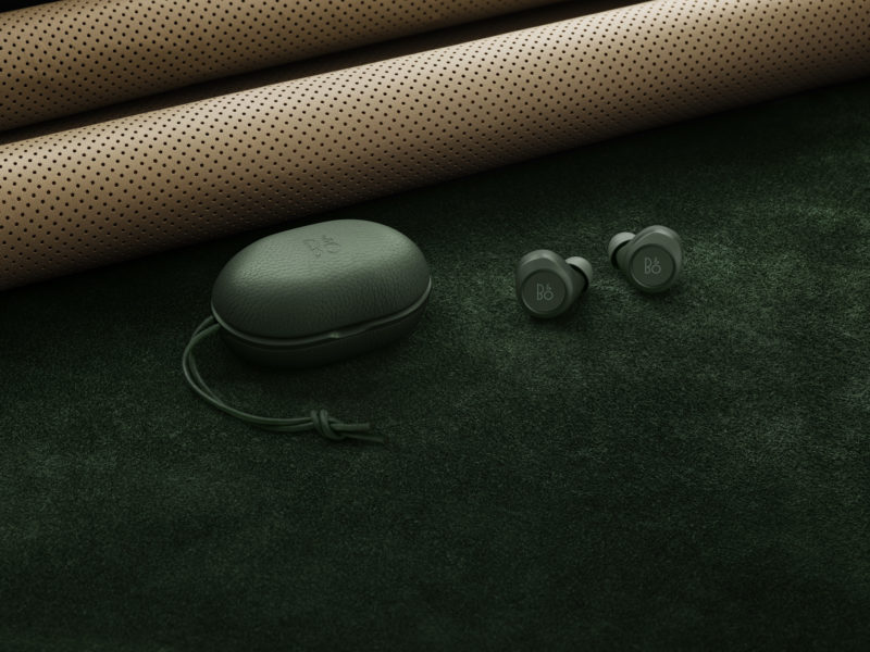 Beoplay E8 Racing Green-04