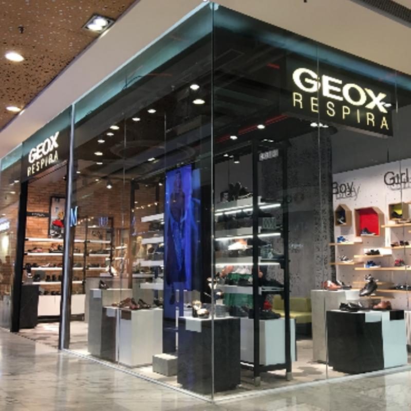 Geox X-store-03