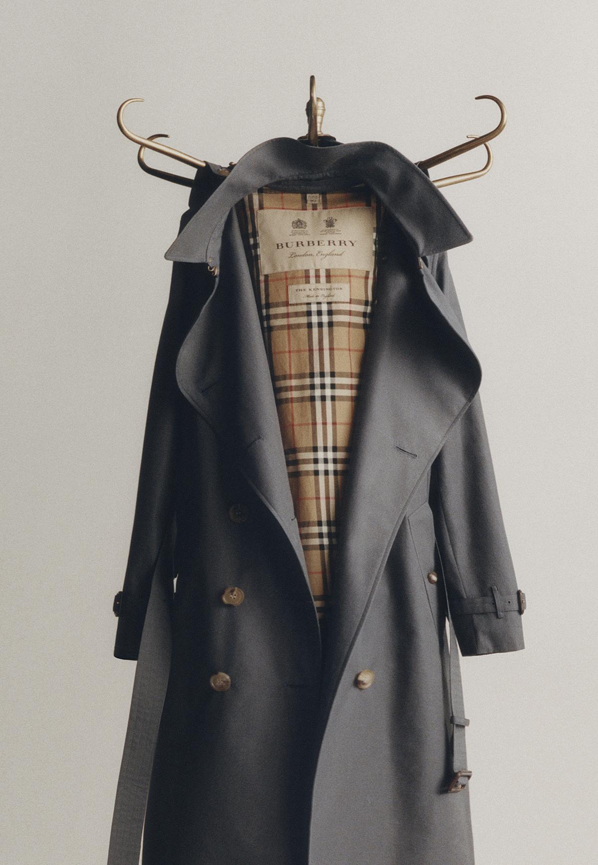 Burberry-trench-coat-black