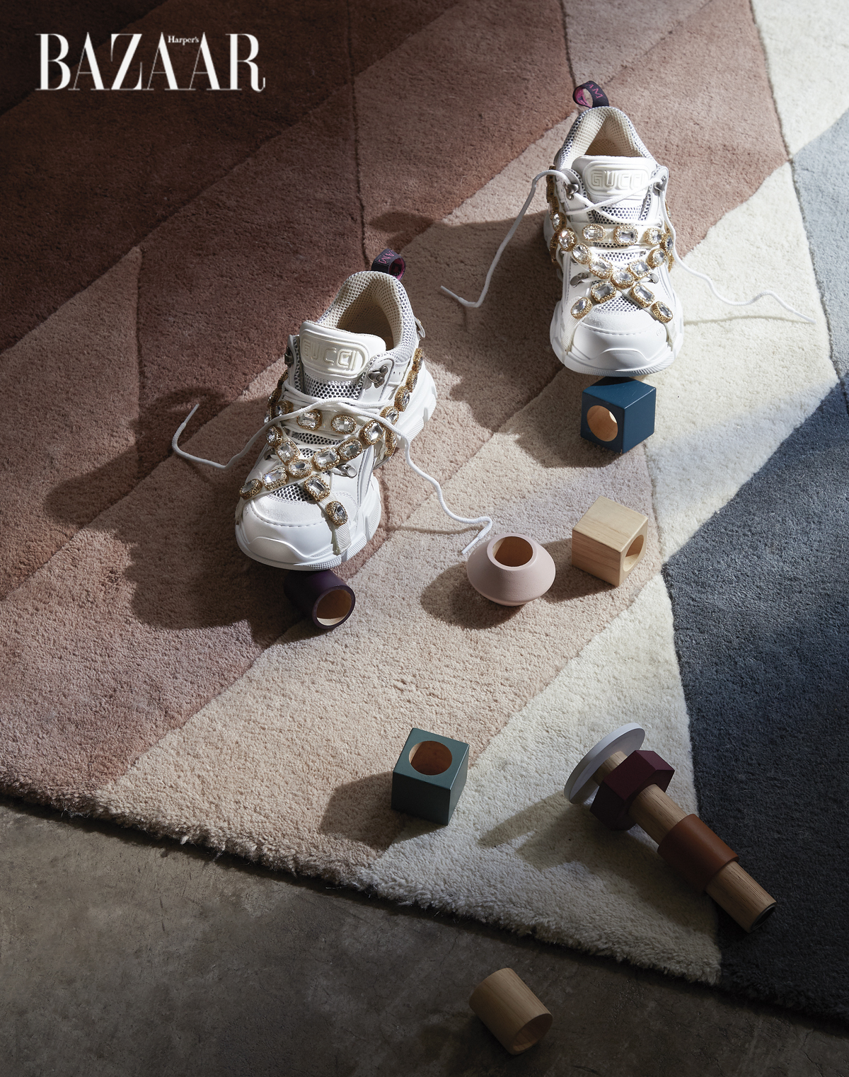phu-kien-duoc-yeu-thich-nhat-gucci-sneaker-flashtrek