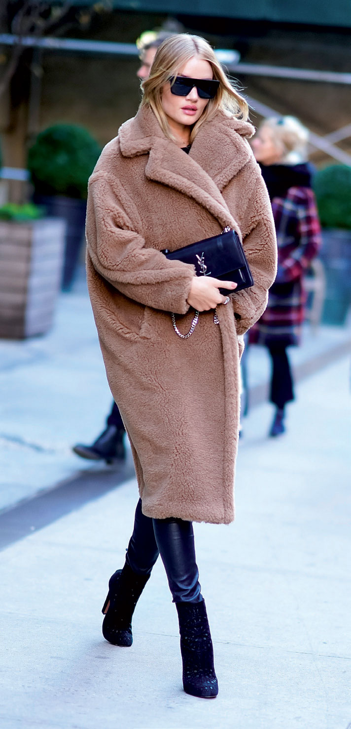 Áo khoác thời trang nữ