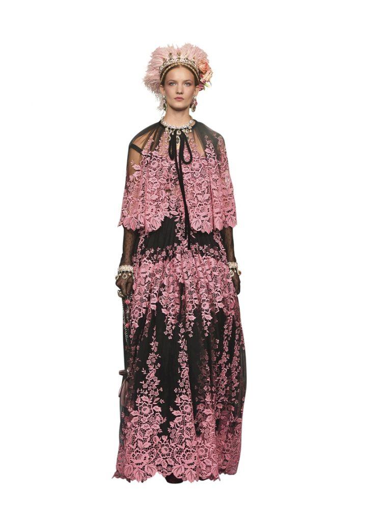 Dolce & Gabbana Dubai Mall Fashion Show-35
