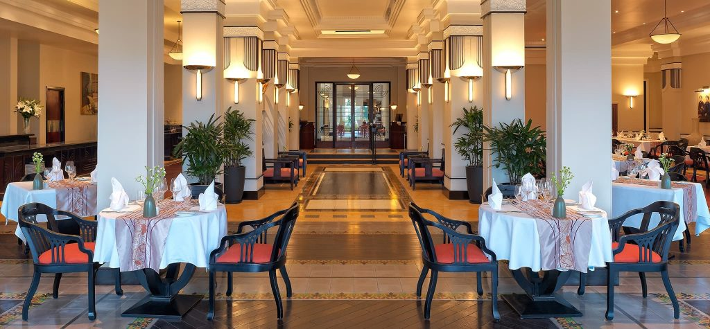khách sạn Azerai La Residence 4