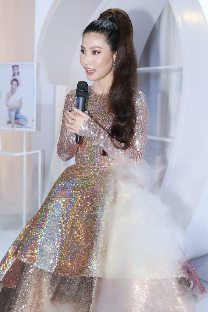"""Ca sỹ Quang Vinh """"đọ style"""" cùng dàn sao nữ trong show Lý Quí Khánh 12"""