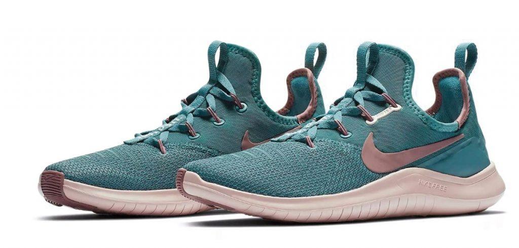 bộ sưu tập Hyper Floral của Nike
