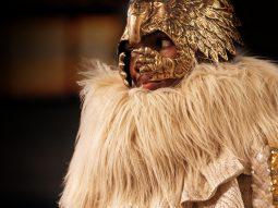 Gucci RTW Thu Đông 2019 | Những chiếc mặt nạ phù phiếm của Alessandro Michele
