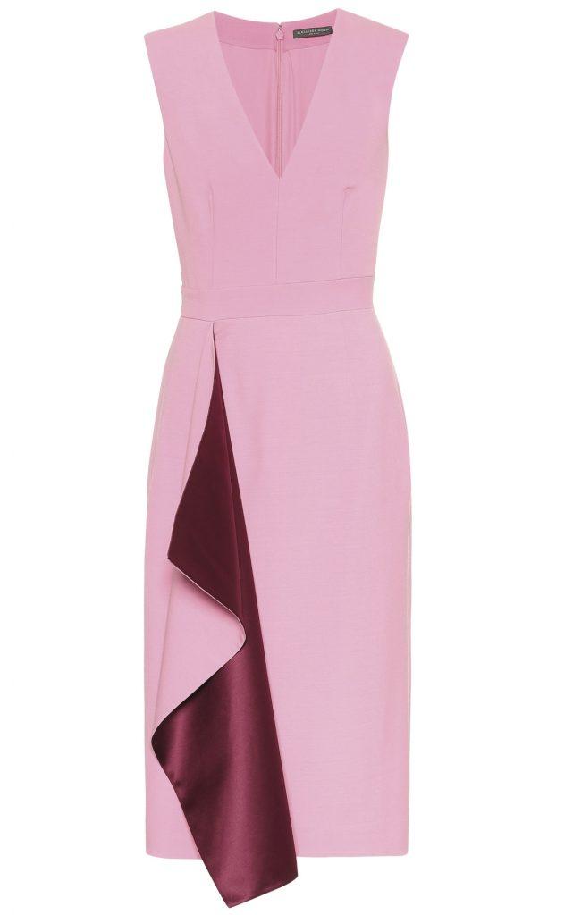 cách phối trang phục pink Đầm đính vạt