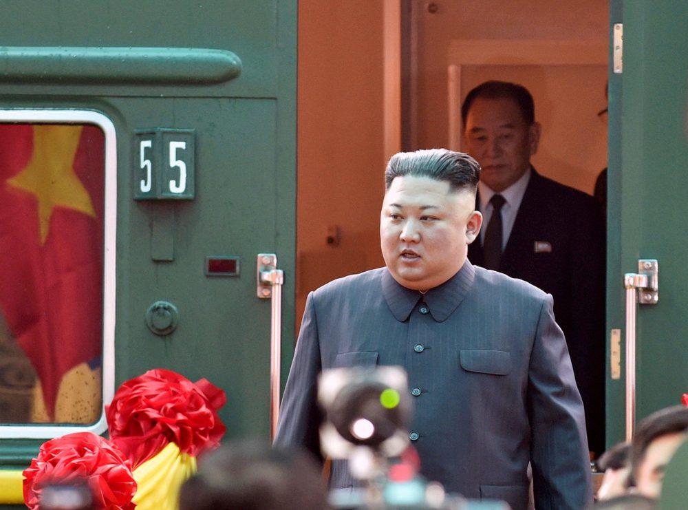 """Áo đại cán –Phong cách thời trang """"bất biến"""" của Chủ tịch Kim Jong Un"""