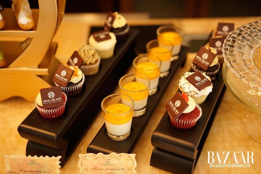 Tiệc trà chiều tại Hotel des Arts sẽ phục vụ cả món ngọt và món mặn, trưng bày theo phong cách Sài Gòn cổ xưa
