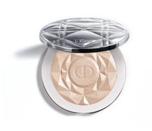 Phấn bắt sáng Dior Diorskin Nude Air Luminizer Precious Rocks giúp làn da trông bừng sáng và khoẻ mạnh.