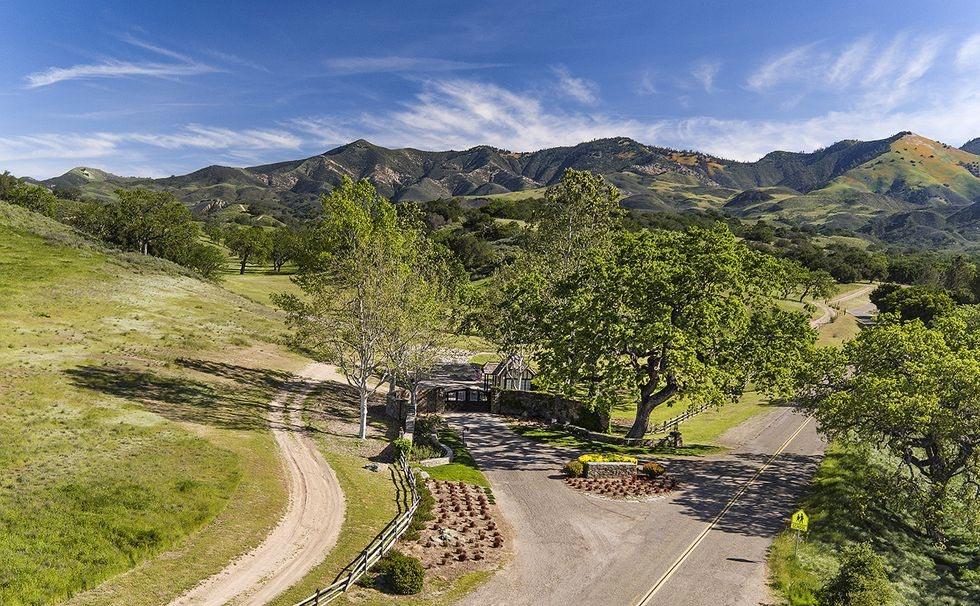 Nhà Michael Jackson: Cổng vào trang trại Neverland