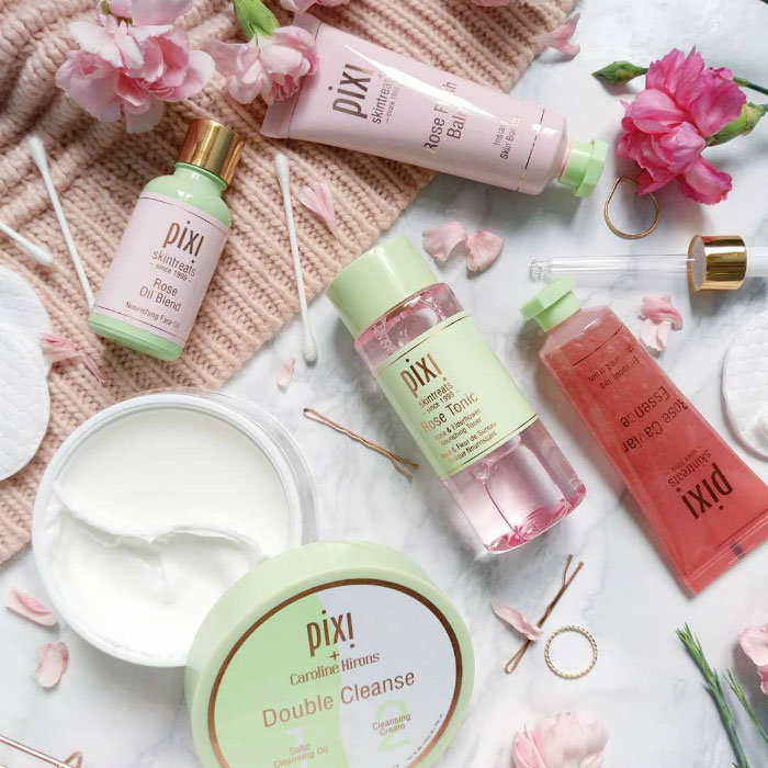Dầu tẩy trang Double Cleanse Cleansing Oil and Cream; Pixi Beauty. Nguồn ảnh: Pinterest