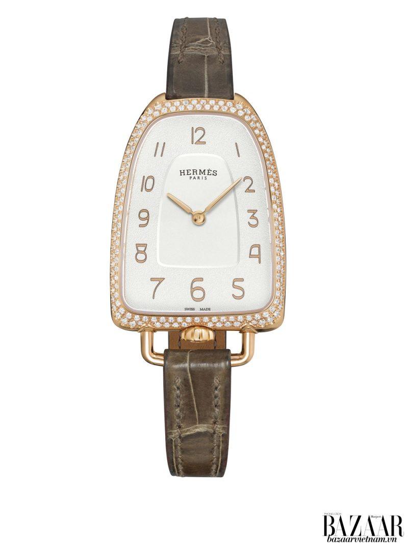 Đồng hồ Galop d'Hermès hội tụ 3 biểu tượng di sản của Hermès. Bao gồm: bàn đạp ngựa, hàm thiết ngựa và yên ngựa.