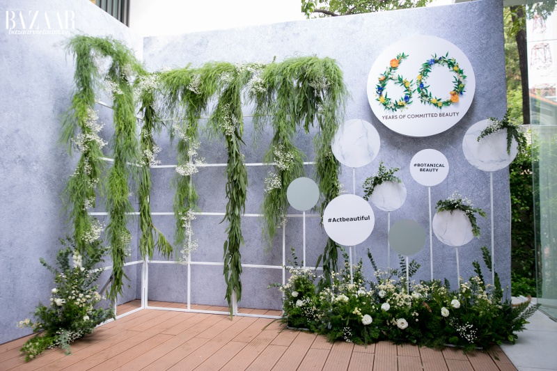 Không gian xanh tại lễ kỷ niệm 60 năm mỹ phẩm Yves Rocher