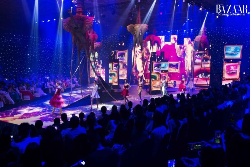 Show diễn mới tháng 6/2019 của nhà thiết kế Đỗ Long dự kiến sẽ lược bỏ sân khấu cầu kỳ.