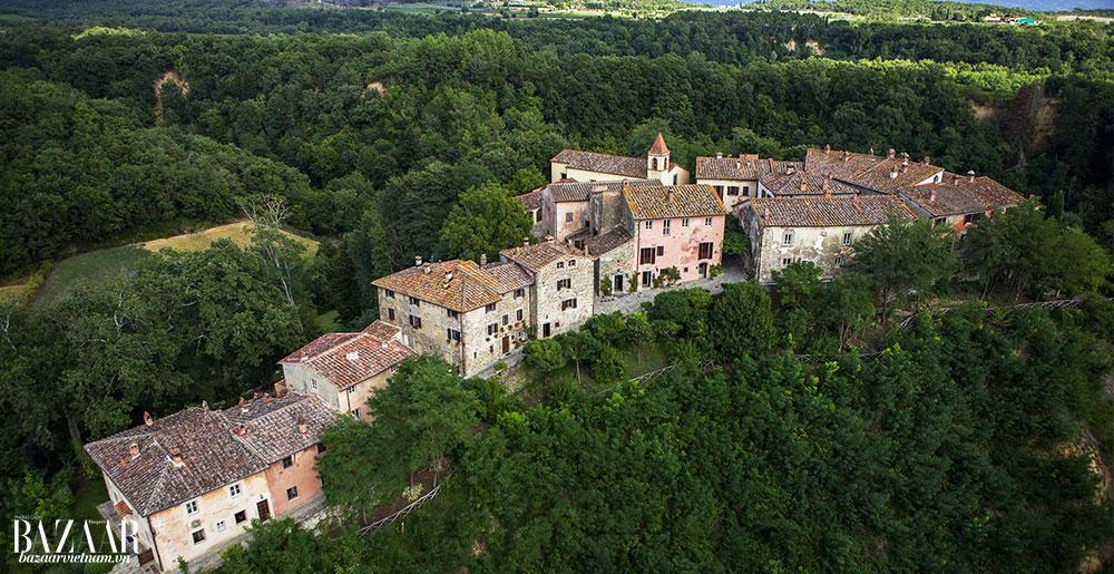 Hình ảnh từ trên không của ngôi làng Il Borro