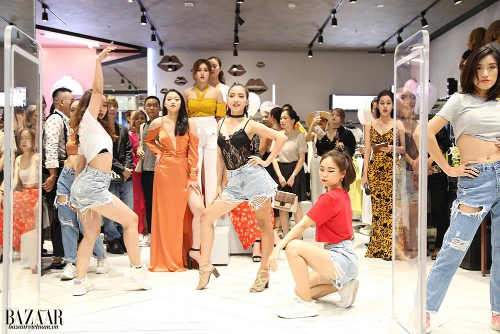 """Buổi tiệc ra mắt thương hiệu vô cùng sáng tạo, khi mời các """"mannequin sống"""" trình diễn bộ sưu tập mới của MISSGUIDED"""