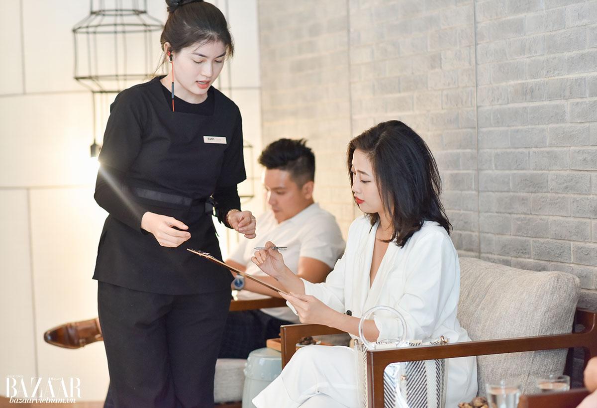 thẩm mỹ viện S1 – MC Liêu Hà Trinh