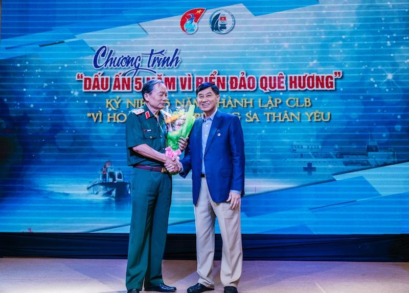Ông Johnathan Hạnh Nguyễn 1