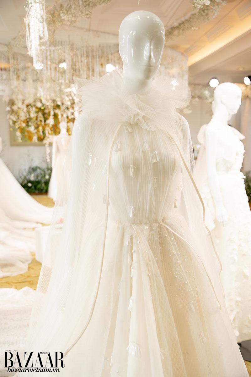 BST Phuong My Bridal: Espoir có tổng cộng 21 thiết kế.