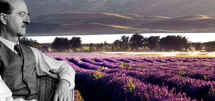 Rene-Maurice Gattefossé được mệnh danh là cha đẻ của ngành aromatherapy, liệu pháp mùi hương hiện đại