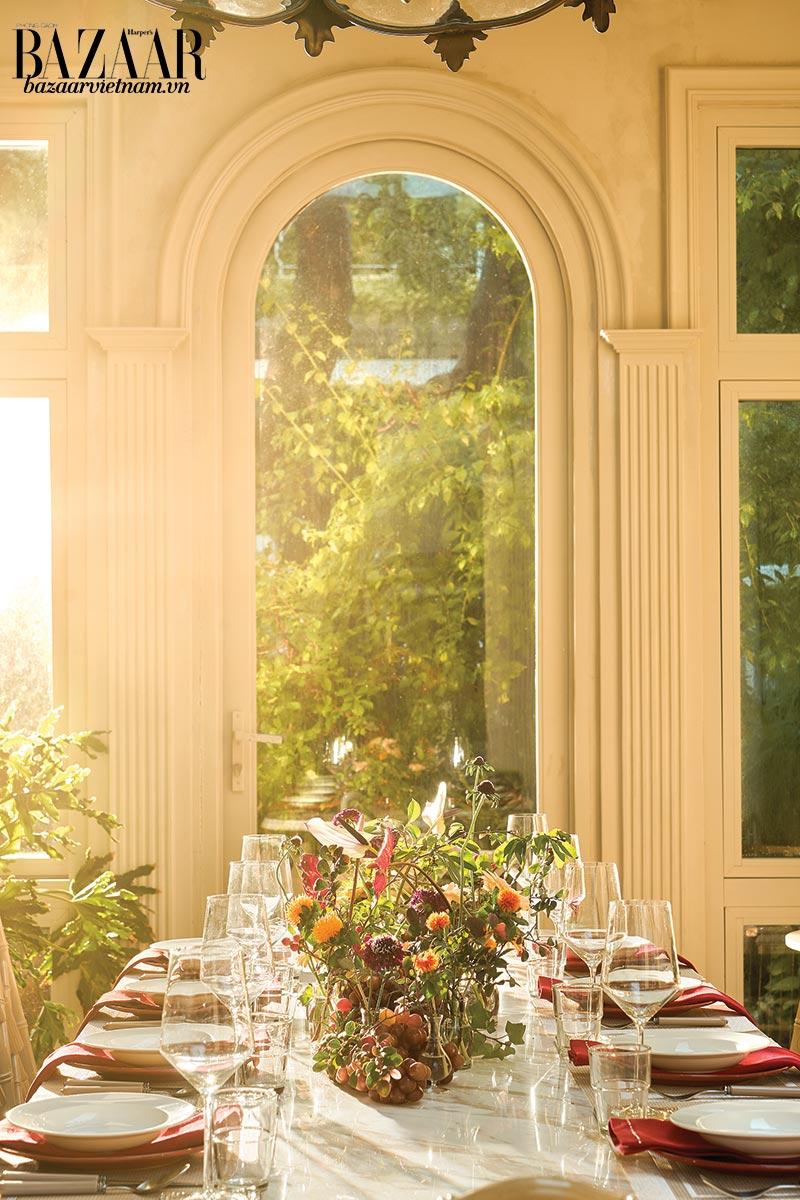 Căn phòng ngập nắng - sunroom là không gian ấn tượng nhất của căn nhà