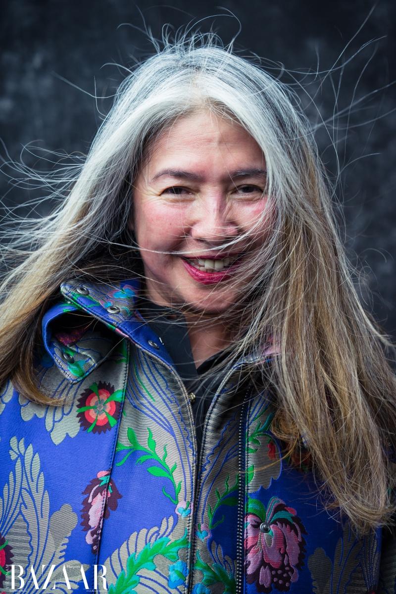 Nhà thiết kế Mai Lâm dẫn đầu xu hướng để tóc bạc trong làng thời trang Việt