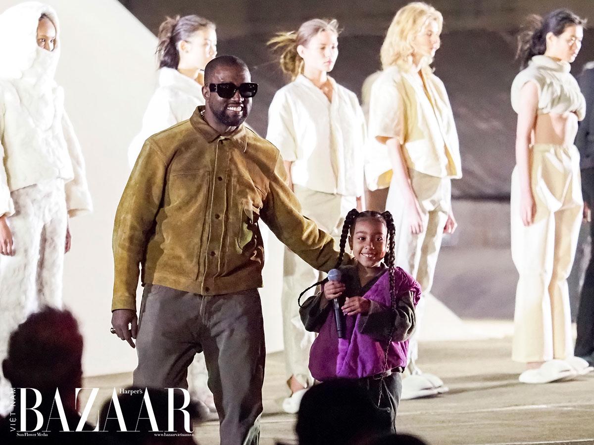 Kanye West bị chẩn đoán mắc phải chứng rối loạn lưỡng cực (bipolar) năm 2017.