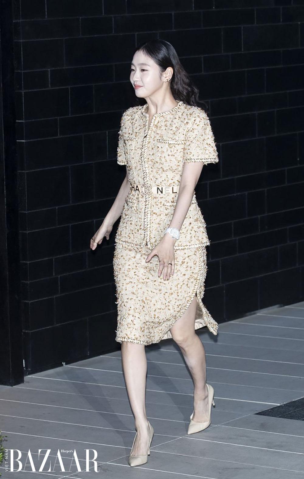 Mặc sang cho tuổi trung niên với 9 bí kíp thời trang của Coco Chanel