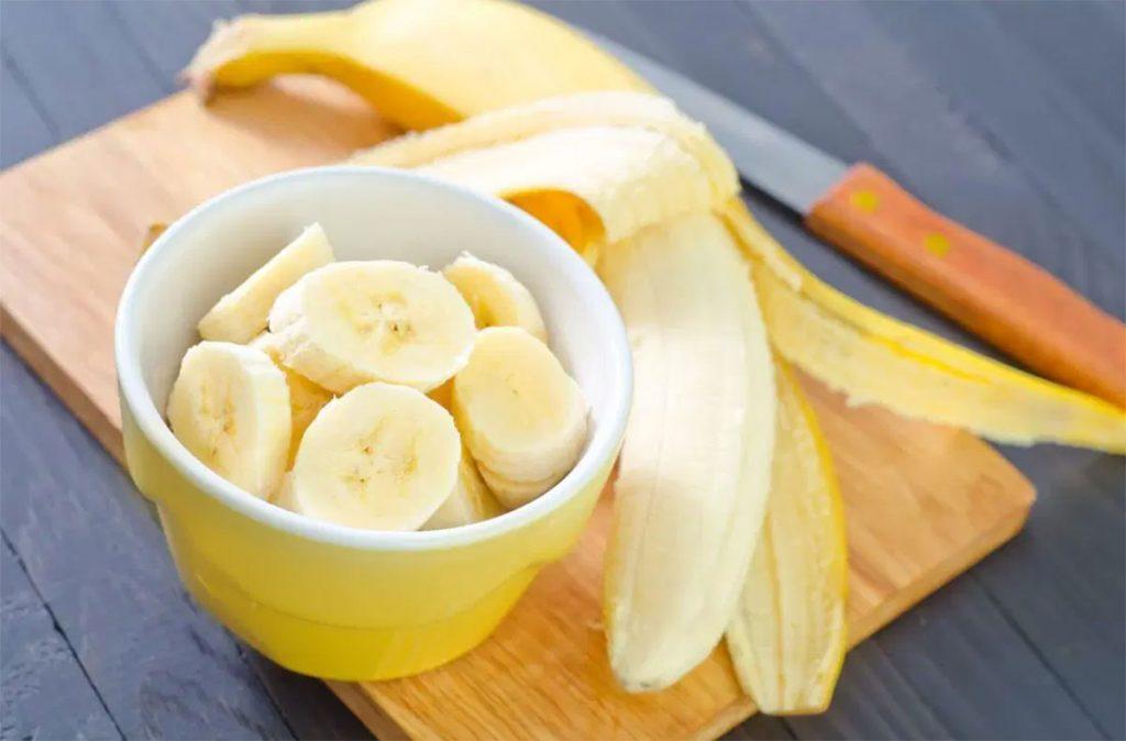 Giảm cân bằng khoai lang với trái cây như chuối, táo
