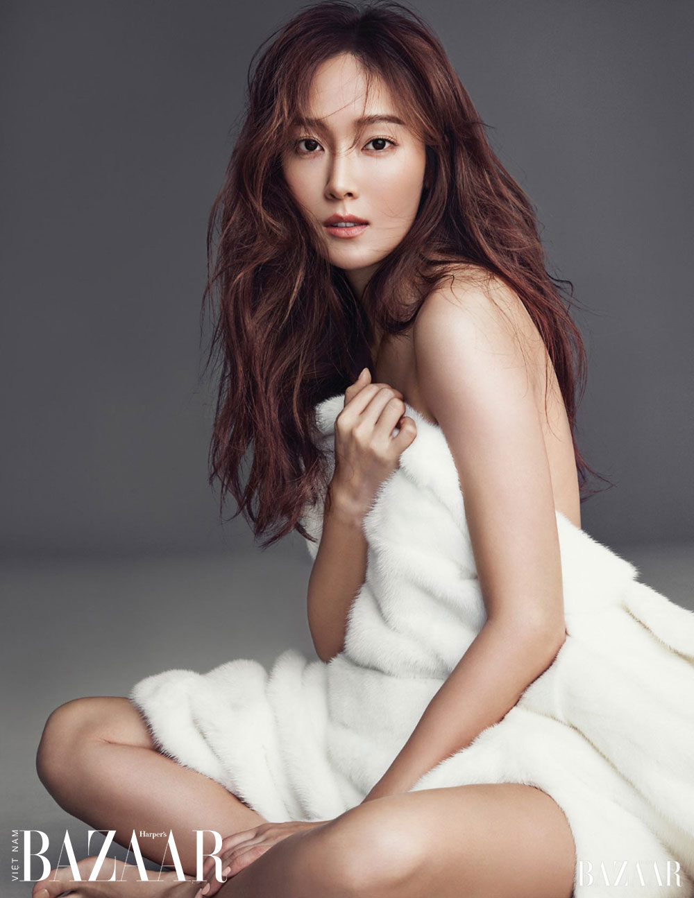 Jessica Jung chia sẻ chu trình dưỡng da với Harper's Bazaar Hàn Quốc