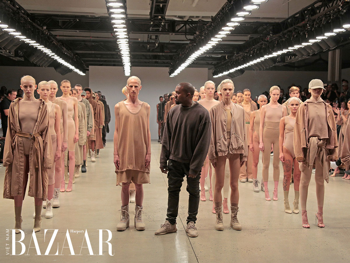 Gap và Kanye West bắt tay sản xuất thời trang giá mềm