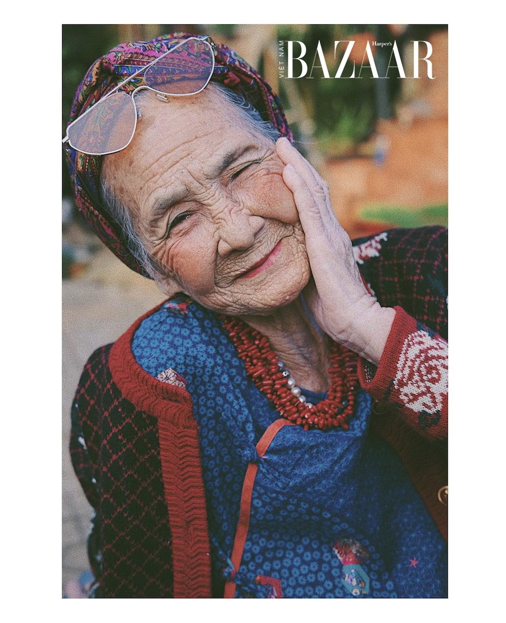 Bà ngoại U81 diện đồ colorful, thần thái không khác gì gái 18