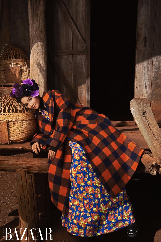 H'Hen Niê, Đỗ Mạnh Cường gợi ý cách diện trang phục phối nhiều họa tiết