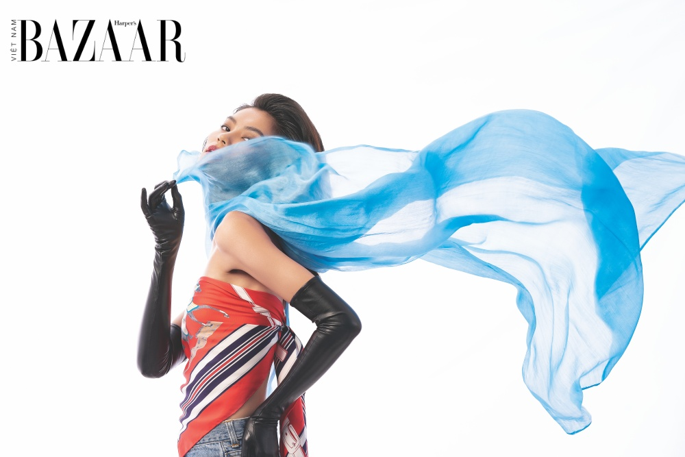 6 cách tạo kiểu khăn lụa sáng tạo này sẽ khiến bạn bất ngờ