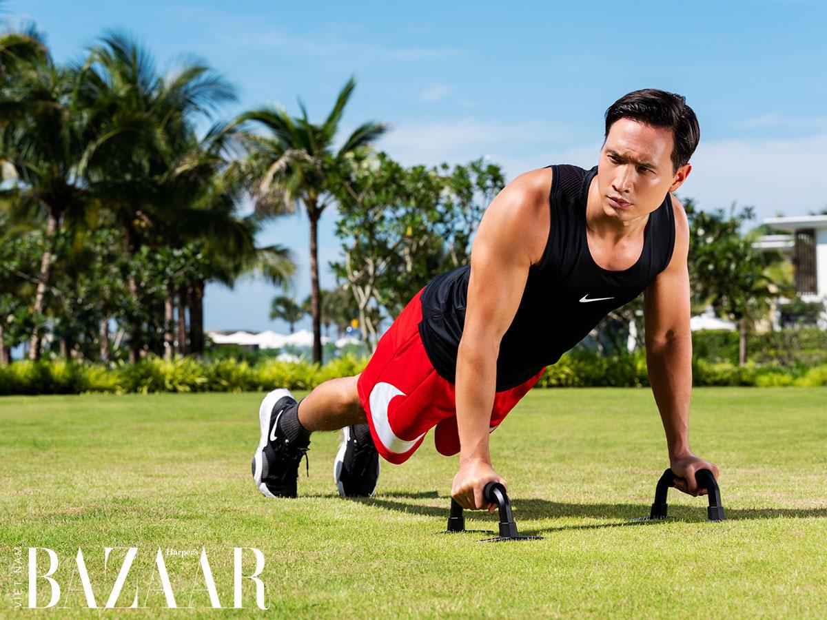 Kim Lý biến thành huấn luyện viên gym, chỉ bạn cách tập thể dục tại nhà
